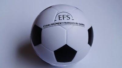 Photo du ballon de football au couleur de l'EFS