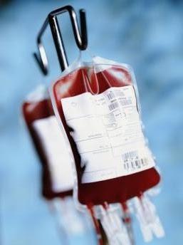 photo d'un concentr�© de globules rouges en cours de transfusion